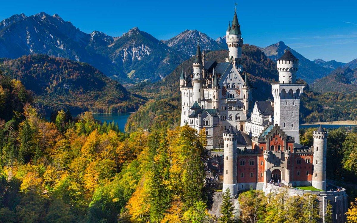 01-neuschwanstein-castle-bavaria-NEUSCHWANSTEIN0417.jpg